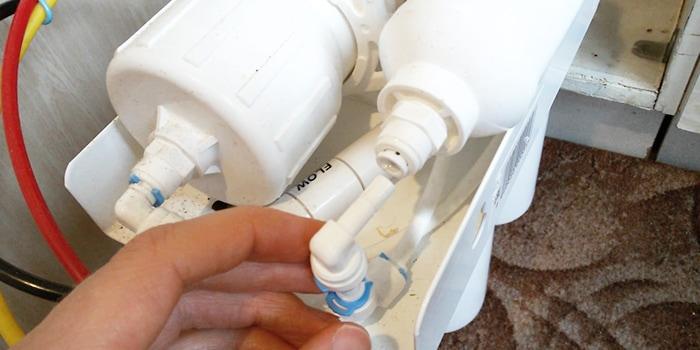 ремонт систем очистки обратного осмоса