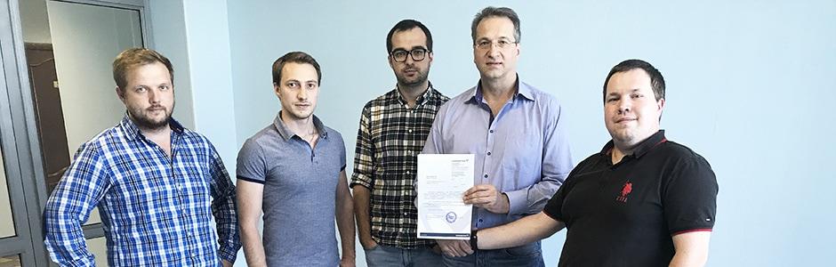 Grundfos вручил компании ДОМИАТО сертификат партнера